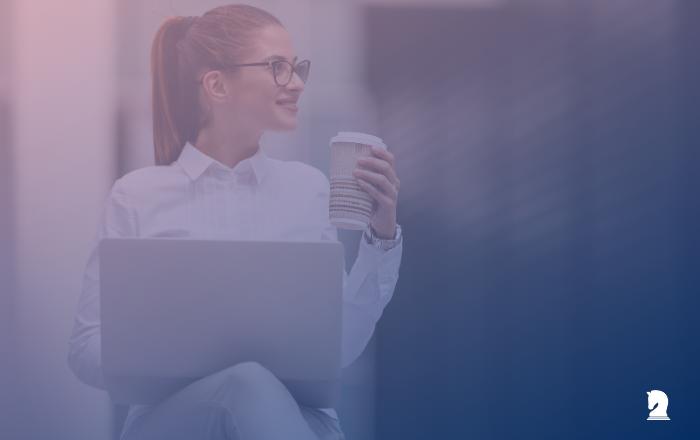 Woman investor drinking coffee